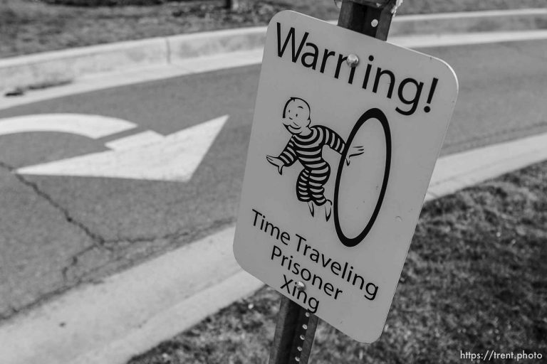 Time Traveling Prisoner Crossing