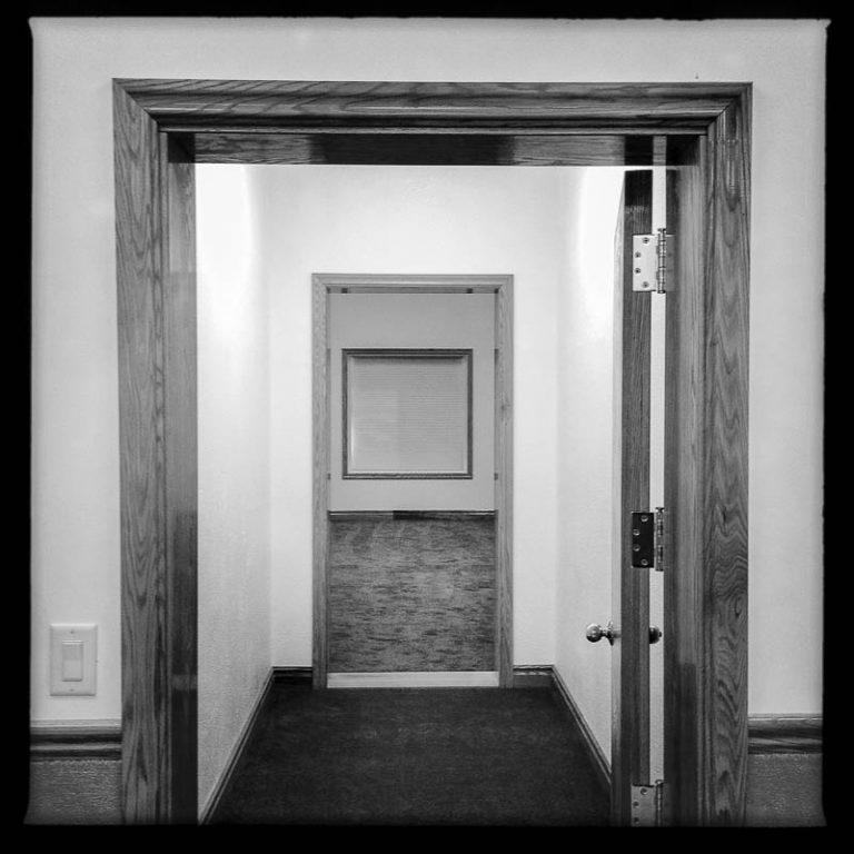 Warren Jeffs House – The Round Room
