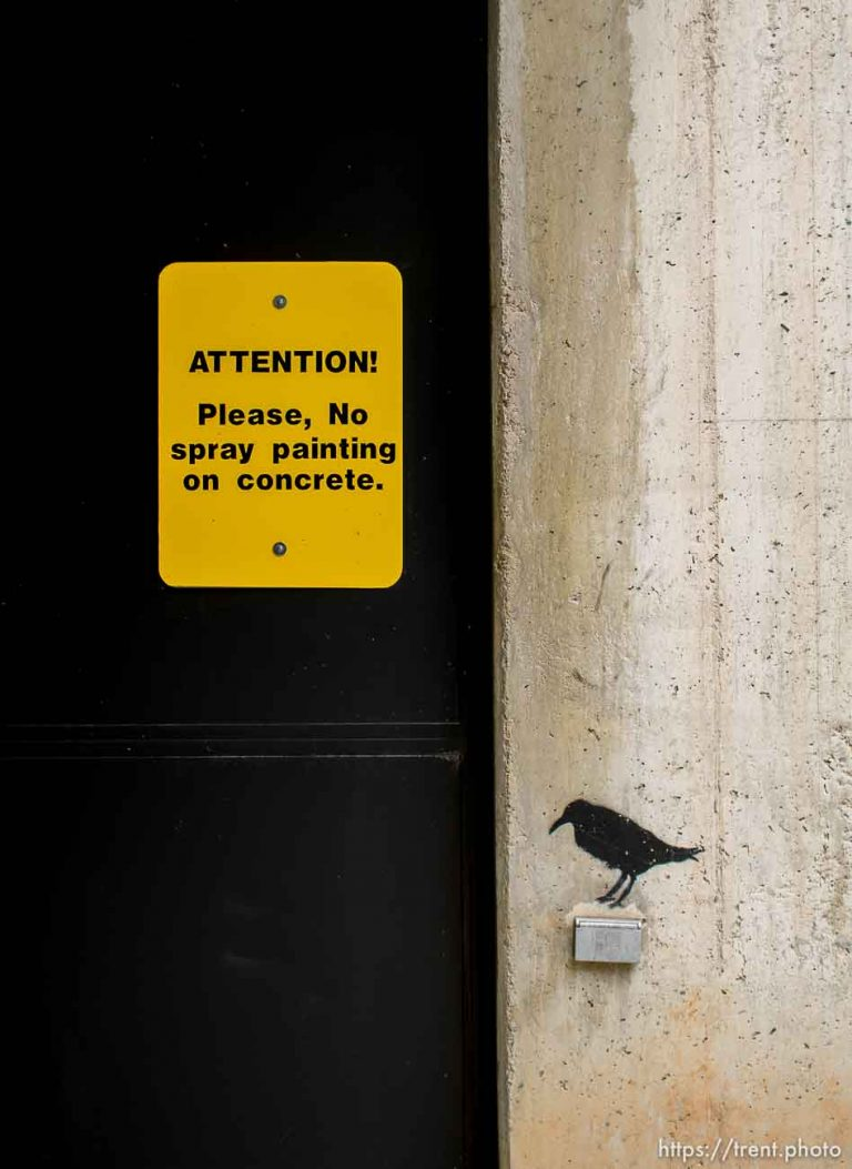 please no spray painting on concrete